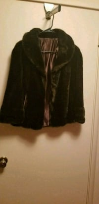 black zip-up jacket McKeesport, 15132