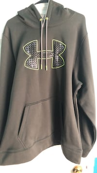 XL under  armour hoodie Woodbridge, 22193