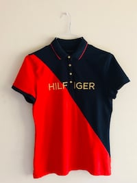 Vintage Tommy Hilfiger  Gold Embroidered Polo Shirt  Mens Size Medium Cockeysville, 21030