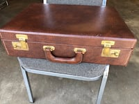BRIEFCASE - Mint Condition Mid Century Era Burbank, 91505