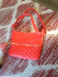 red and white leather tote bag Tacoma, 98444