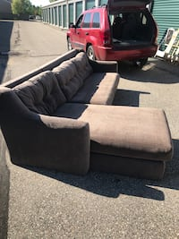 2 piece sectional couch Fargo, 58104