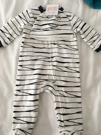 New with tags 3 month mummy sleeper with hat Wallingford, 06492