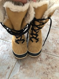 Sorel winter boots Oakville, L6M