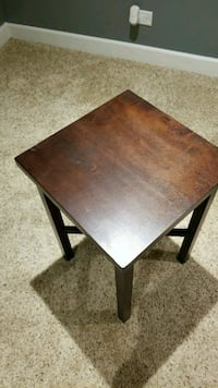 Side table St. Charles, 60174