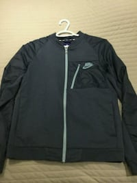black and gray zip-up jacket 548 km