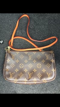 Louis Vuitton Authentic Louis Vuitton Pochette Vi0061 Laurel, 20707