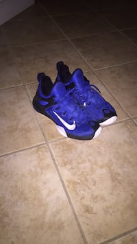 Nike shoes Brampton, L6Y