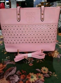 pink and white leather tote bag Bridgeport, 06604