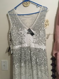 gray and white floral sleeveless dress Germantown, 20874