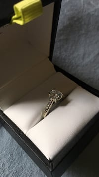 Diamond ring worn less than 6 months. Calgary, T2V 0W8