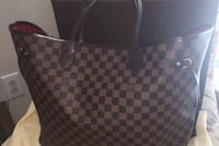Louis Vuitton purse Woodbridge, 22193