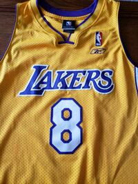 Original Kobe Bryant Lakers Jersey #8 Washington, 20008
