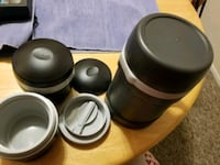 Rubbermaid thermos and 2 bowls Altamonte Springs, 32714