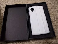 White phone case for nexus 5, new in box Alexandria, 22304