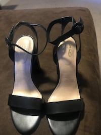 Ankle strap black shoes size 8 Middleboro, 02346