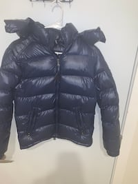 Blue women's moncler barely used  New Rochelle, 10801