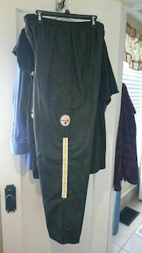 Steelers wind breaker pants  Batavia, 14020
