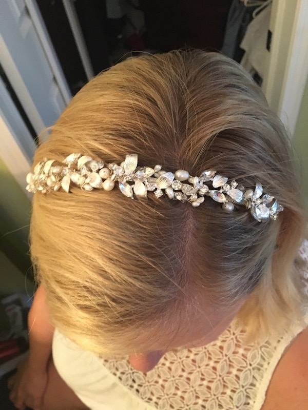 Used   new Lower Price Crystal and Pearl headband for sale in Burlington -  letgo 55f72dc8c76