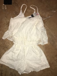 women's white spaghetti strap dress North Las Vegas, 89032