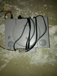 Ps1 with cables and 2 controllers and 2 memorys Waterloo, N2L 5S7