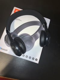 JBL E45BT On-Ear Headphones Mississauga, L4T 2Z2