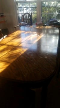 Table West Springfield, 22152
