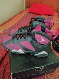 retro pink-and-black Air Jordan 7 shoes with box