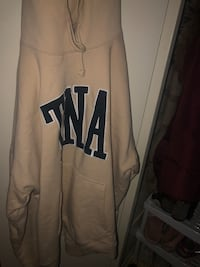 Tna sweater Toronto, M6L 1C3