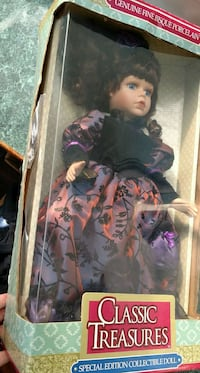 Classic Treasures black hair girl doll toy North Bend, 97459