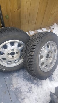 Brand new Nokian winter tires with rims 4x100 3145 km