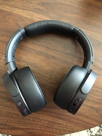 BASS BOOSTED - Noise cancelling over the ear headphones Sony MDR - XB950N1 Austin, 78702