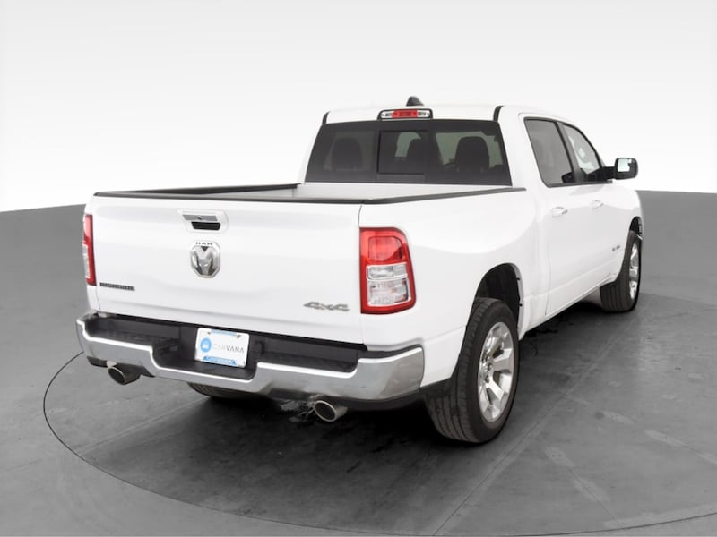 2019 Ram 1500 Crew Cab pickup Big Horn Pickup 4D 5 1/2 ft White 9