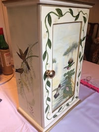 white and brown wooden cabinet Newport News, 23601