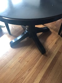 Pedestal black table Schenectady, 12306