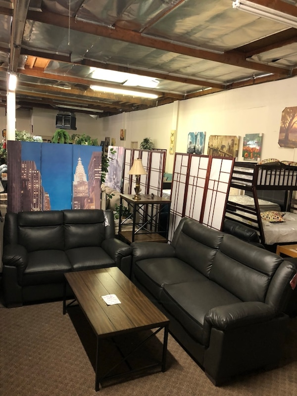 Short Sale Brand New 2pc Grey Leatherette Sofa And Loveseat Only