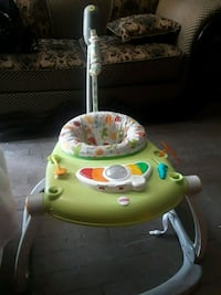 baby's green and white bouncer Fresno, 93722