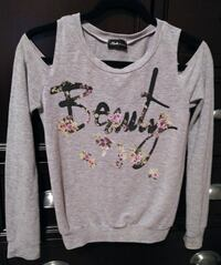 'Beauty' Cut-Out Sleeve Sweater