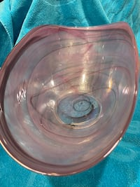 Lovely pink art glass bowl, oval shaped.