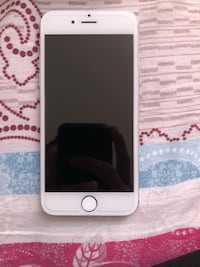 iPhone 6s (unlocked) 16gb  Toronto, M1M 1P7