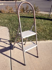 Retro folding two Step ladder stool