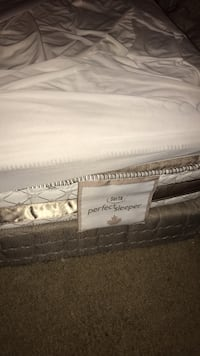 King size mattress and 2boxes Windsor, N8X 4V4