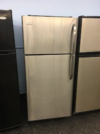 Warranty and delivery - Fridge  Toronto, M3J 3K7