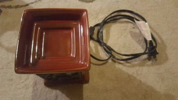 Fragrant candle warmer