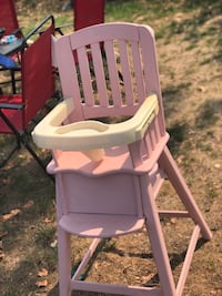 Custom pink chalk painted wooden high chair  Fresno, 93701