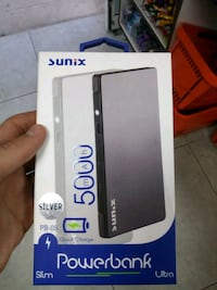 Sıfır powerbank hem iphone hemde android