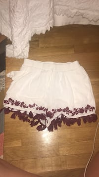 white and purple floral skirt Mc Lean, 22101
