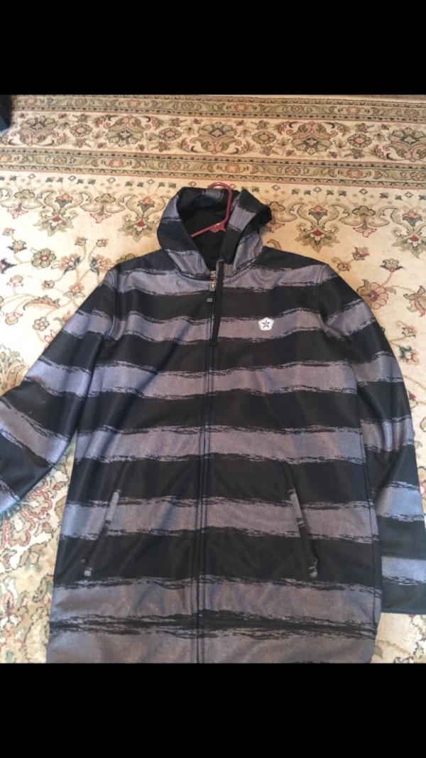 Snowboarding jacket (Sessions Brand)
