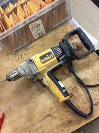 Dewalt mudder DW130 power drill used  Baltimore, 21205