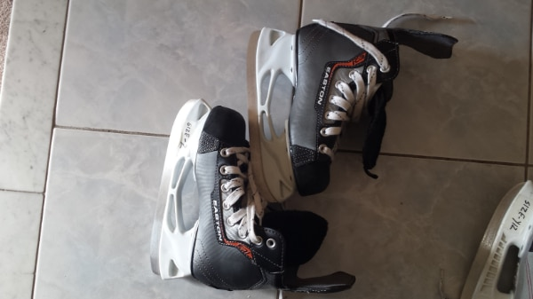 skates\helmets for 15-25$ each great condition and good brands